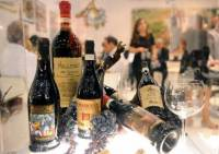 Italian wine growers aim for Asian markets 1
